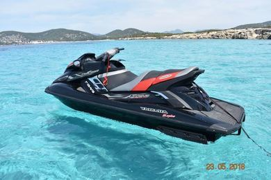 Rental motorboat Yamaha FX SHO in Ibiza city - Ibiza (Balearic Islands)