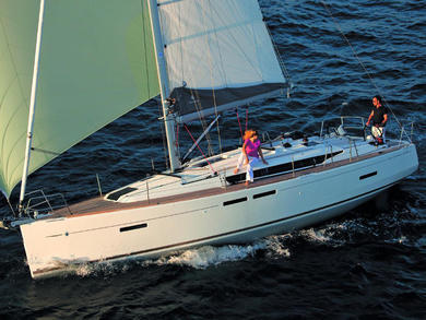 Hire sailboat Sun Odyssey 419 in Palma de Mallorca - Majorca (Balearic Islands)