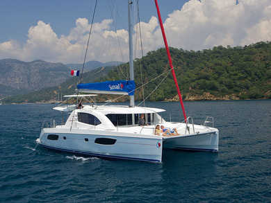 Hire catamaran Sunsail 444 in St. George city - St George