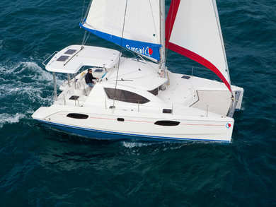 Charter catamaran Sunsail 404 in St. George city - St George