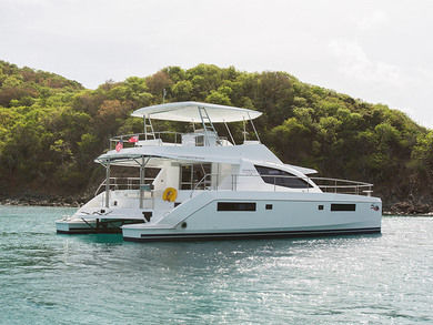 Charter luxury yacht Moorings 514 PC in Road Town - Tortola