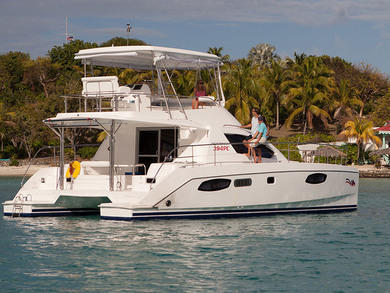 Charter luxury yacht Moorings 394 PC in  - Split