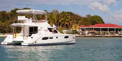 Rental luxury yacht Moorings 393 PCX in Road Town - Tortola