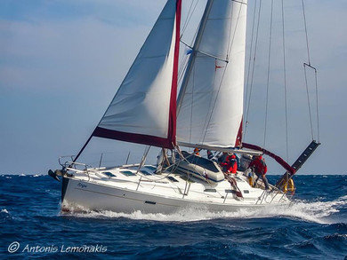 Rental sailboat Oceanis 393 Clipper in  - Cyclades Islands