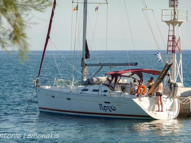 Rental sailboat Oceanis 393 Clipper in Syros - Cyclades Islands