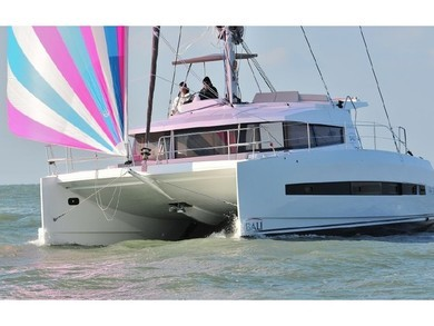 Hire catamaran Bali 4.1 in Kalkara - Malta