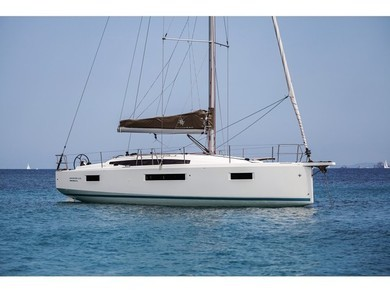 Rental sailboat Sun Odyssey 410 in Olbia city - Olbia-Tempio (Sardinia)