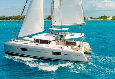 Rental catamaran Lagoon 42 in Can Pastilla - Majorca (Balearic Islands)