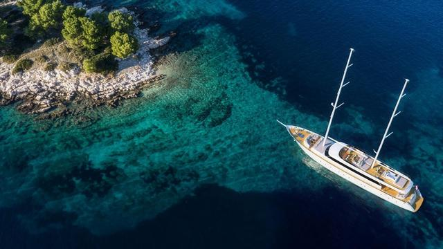 Charter luxury yacht Luxury Sailing Yacht in Sibenik city - Sibenik
