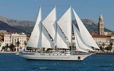 Hire luxury yacht Motor Sailor yacht in Split city - Split