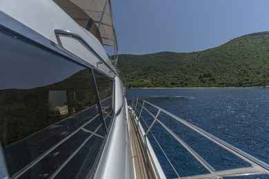 Charter luxury yacht Sunseeker Manhattan 62 in Puerto Calero - Mugla