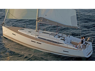 Hire sailboat Sun Odyssey 439 in Can Pastilla - Majorca (Balearic Islands)
