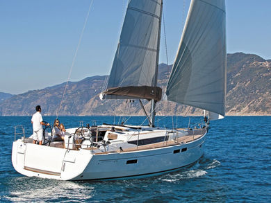Hire sailboat Sun Odyssey 519 in Can Pastilla - Majorca (Balearic Islands)