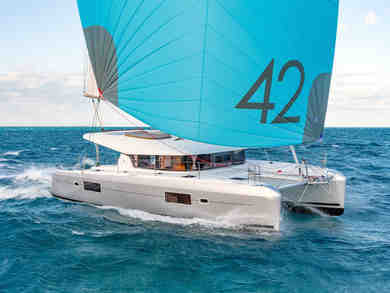 Hire catamaran Lagoon 42 in Can Pastilla - Majorca (Balearic Islands)