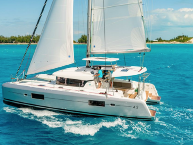 Charter catamaran Lagoon 42 in Can Pastilla - Majorca (Balearic Islands)