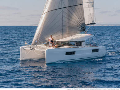 Hire catamaran Lagoon 40 in  - Majorca (Balearic Islands)