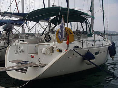 Charter sailboat OCEANIS 38.1 in Volos - Thessalia