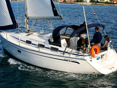Rental sailboat BAVARIA 33 C  in Sukosan - Zadar