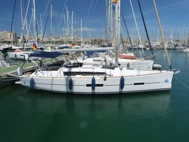 Rental sailboat Dufour 382 in Palma de Mallorca - Majorca (Balearic Islands)