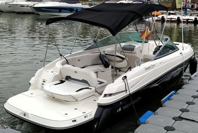 Hire motorboat Monterey 264 FS in Cala D'Or - Majorca (Balearic Islands)