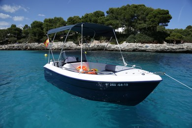 Charter motorboat Pegazus 460 in Cala D'Or - Majorca (Balearic Islands)