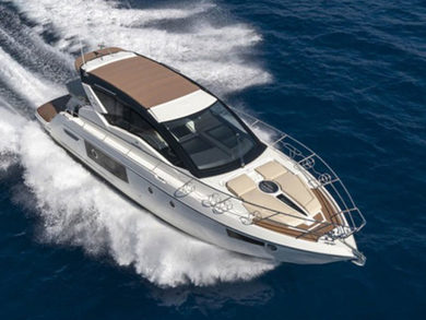 Rental luxury yacht Cranchi M44 HT in El Toro - Majorca (Balearic Islands)