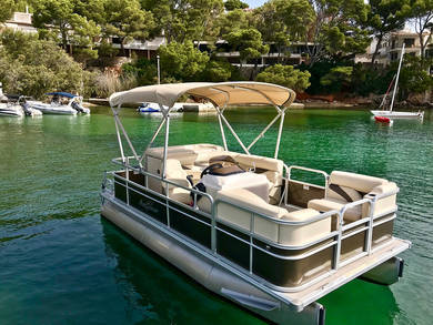 Hire motorboat Sun Chaser in Andratx - Majorca (Balearic Islands)