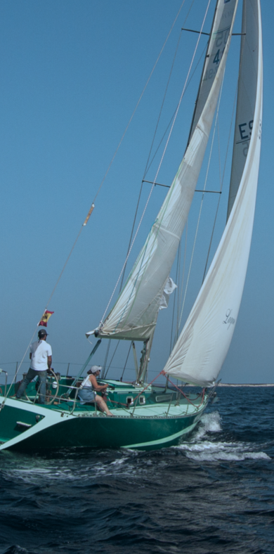 Hire sailboat Monohull in Santa Eulalia - Ibiza (Balearic Islands)