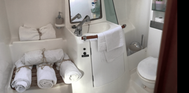 Charter sailboat Beneteau Oceanis 323 in Andratx - Majorca (Balearic Islands)