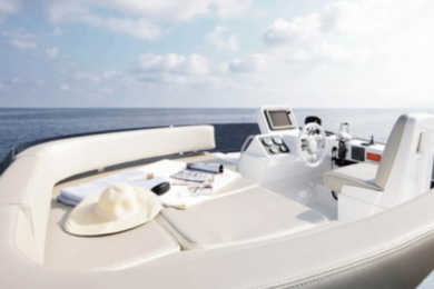Charter luxury yacht Azimut Magellano 43 in Cala D'Or - Majorca (Balearic Islands)