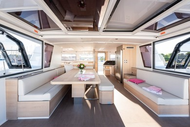 Hire catamaran Bali 5.4 Luxury Edition in Athens - Attica