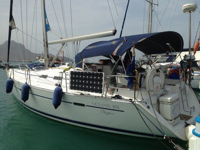 Rental sailboat Oceanis 393 in Sao Vicente city - Sao Vicente
