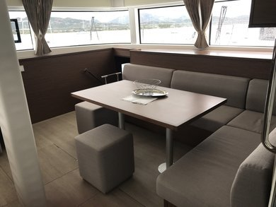 Hire catamaran Lagoon 52F - 6 cab in St. George city - St George