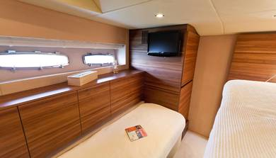 Charter luxury yacht Sealine 60 in Athens - Attica