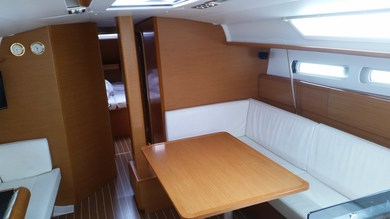 Hire sailboat Sun Odyssey 439 in Sukosan - Zadar
