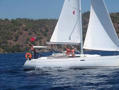 Hire sailboat Oceanis 37 in Fethiye - Mugla