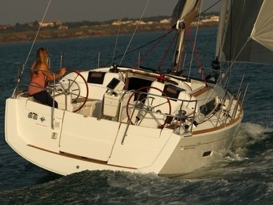 Rental sailboat JEANNEAU SO 379 in Sant Antoni de Portmany - Ibiza (Balearic Islands)
