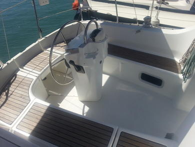 Hire sailboat Beneteau Oceanis 311 Clipper in Ibiza city - Ibiza (Balearic Islands)
