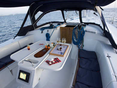 Hire sailboat Cyclades 50.5 in Rhodes - Dodecanese Islands