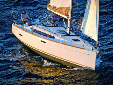 Charter sailboat JEANNEAU SO 389 in Sant Antoni de Portmany - Ibiza (Balearic Islands)