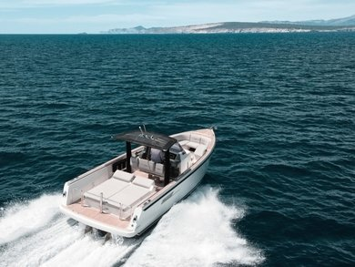 Hire motorboat Fyord 36 in Port de Alcudia - Majorca (Balearic Islands)