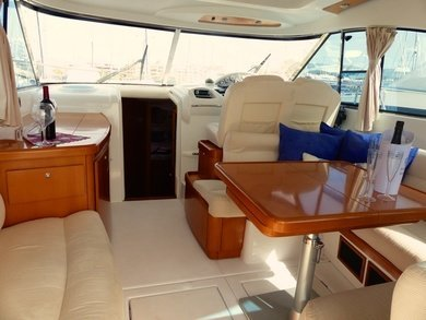 Charter motorboat Beneteau 12 Flyer in Port de Alcudia - Majorca (Balearic Islands)