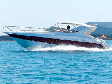 Charter motorboat Cranchi Endurance 39 in Port de Alcudia - Majorca (Balearic Islands)