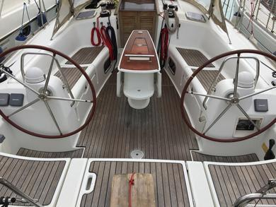 Rental sailboat Oceanis 43 in St. George city - St George