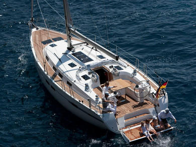 Charter sailboat Bavaria Cruiser 45 in Kalkara - Malta