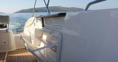 Charter motorboat Quicksilver Commander 600 in Trogir - Split