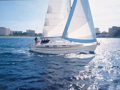 Rental sailboat Bavaria 36 in Kalkara - Malta