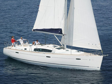 Hire sailboat Beneteau 43.4 in Kalkara - Malta