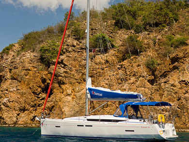 Charter sailboat Sunsail 41 in Road Town - Tortola