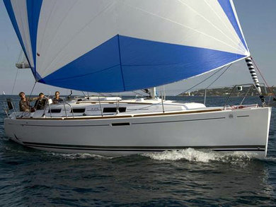 Hire sailboat Dufour 325 in Dubrovnik city - Dubrovnik-Neretva